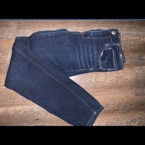 American eagle size 6 stretch skinny jeans